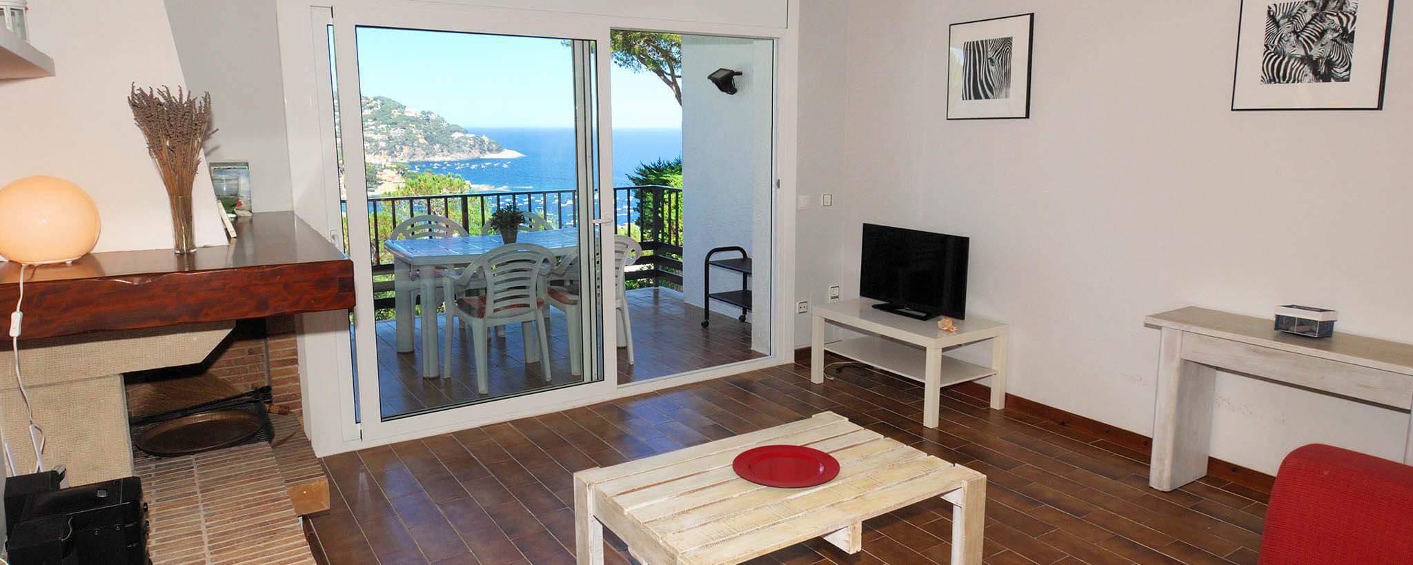 sch ner wohnung mit gemeinschaftspool zu calella. Black Bedroom Furniture Sets. Home Design Ideas