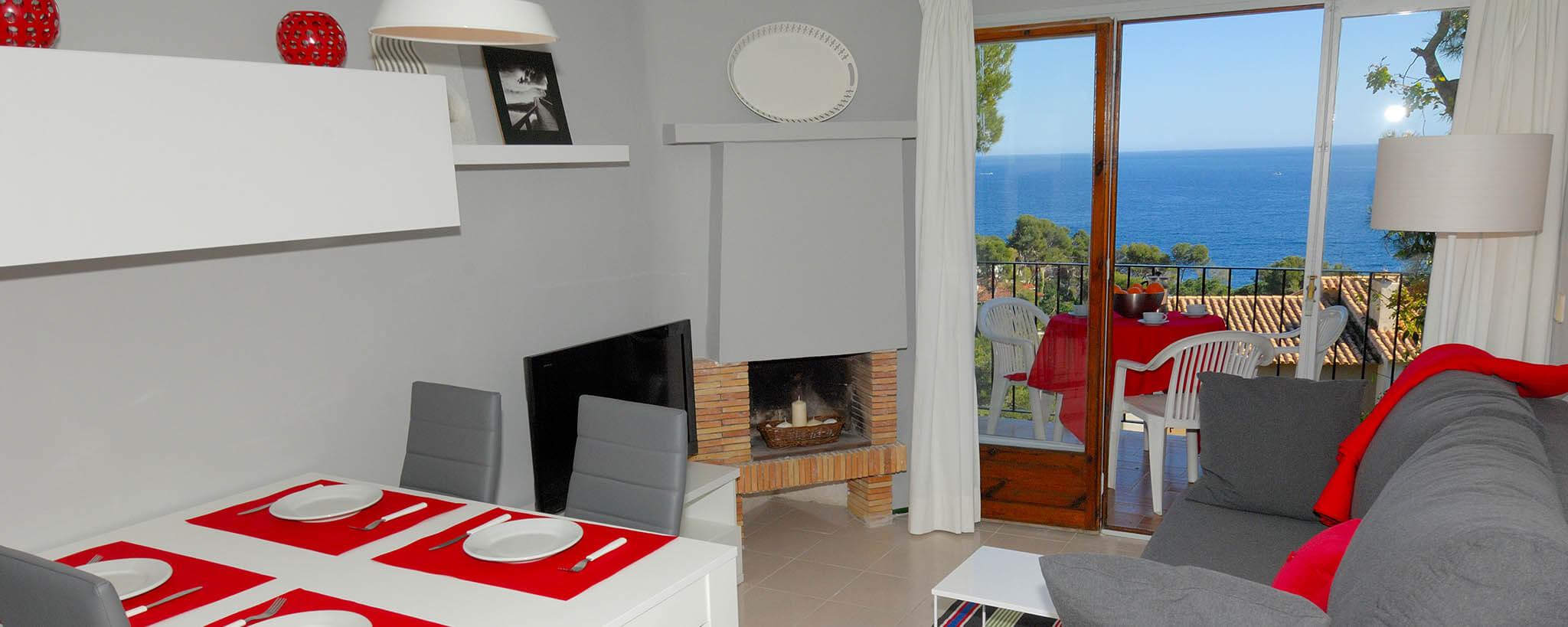 sch ner wohnung gem tlicher zu calella. Black Bedroom Furniture Sets. Home Design Ideas