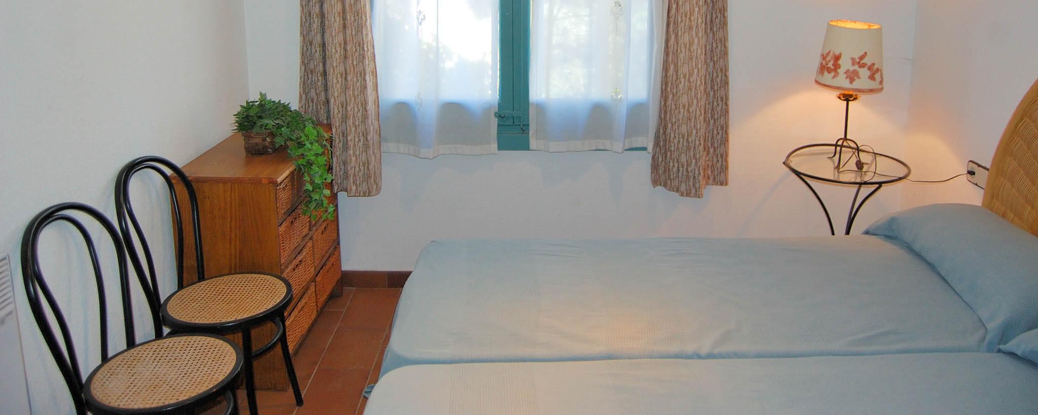 sch ner wohnung zu tamariu. Black Bedroom Furniture Sets. Home Design Ideas